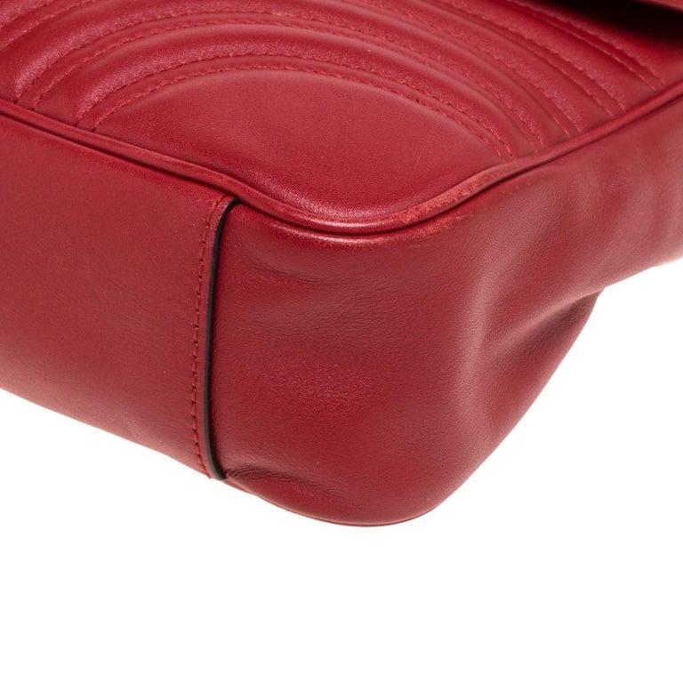 Gucci Red Matelasse Leather Medium GG Marmont Shoulder Bag For Sale 5