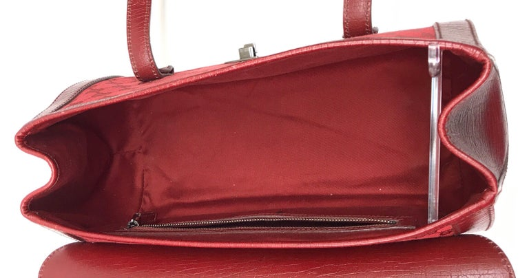 Gucci Red Monogram Leather Bamboo Bullet Handbag For Sale 6