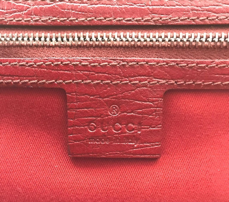 Gucci Red Monogram Leather Bamboo Bullet Handbag For Sale 7