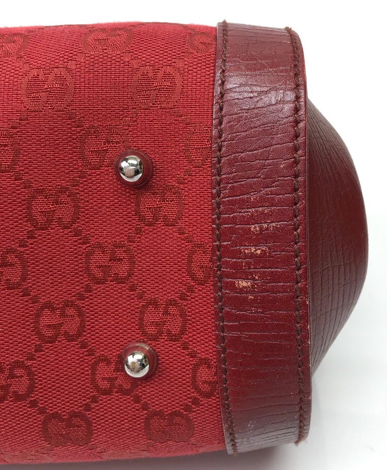 Gucci Red Monogram Leather Bamboo Bullet Handbag For Sale 2