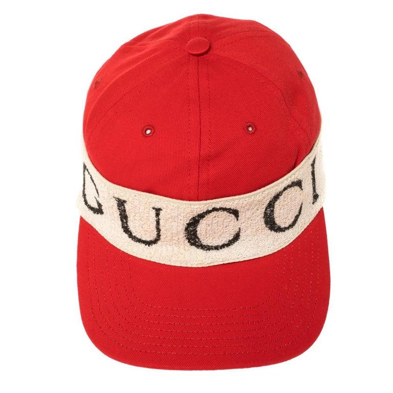 Gucci Red/Off White Canvas Logo Band Baseball Cap M In New Condition For Sale In Dubai, Al Qouz 2