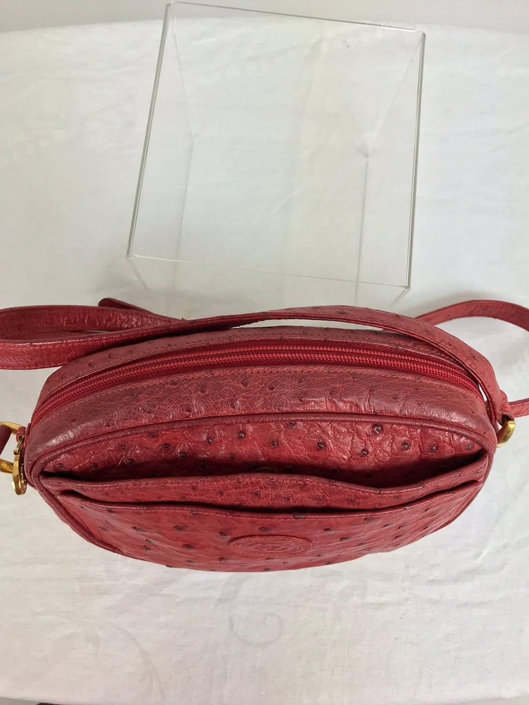 Gucci red ostrich cross body bag 1980s  For Sale 3