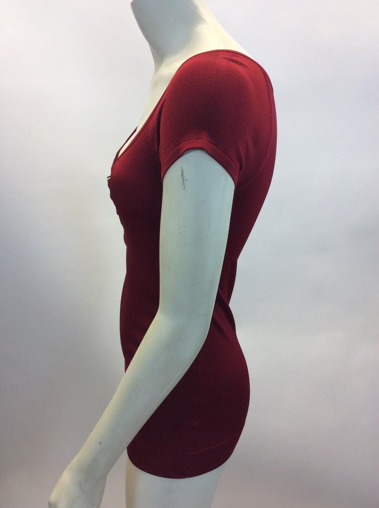 Gucci Red Short Sleeve Blouse $150 Made in Italy 84% Rayon, 4% Polyamide, 2% Polyurethane  Size Small Length 25