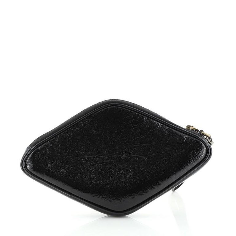 Gucci Retro Logo Wristlet Pouch Patent In Good Condition For Sale In New York, NY