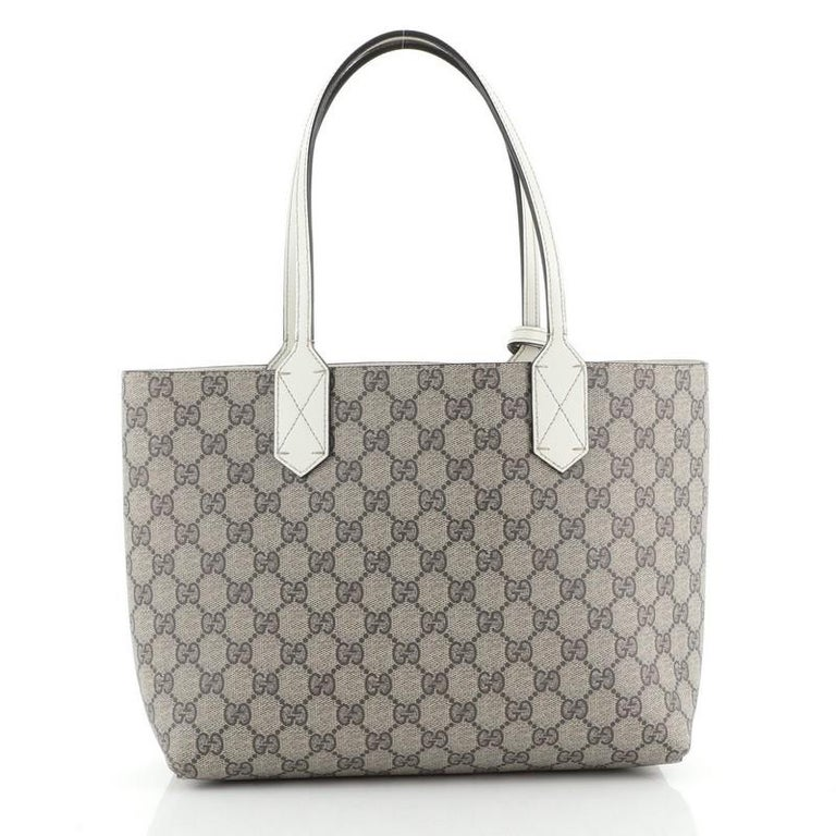 Gucci Reversible Tote GG Print Leather Small In Good Condition For Sale In New York, NY
