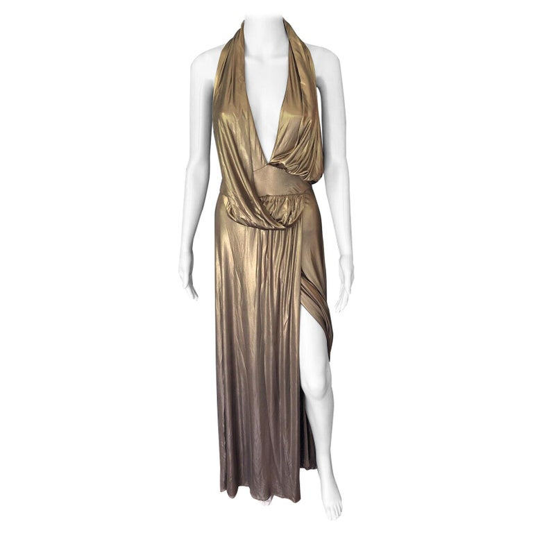 Gucci Runway F/W 2006 Plunging Neckline Backless Gold Metallic Dress Gown For Sale