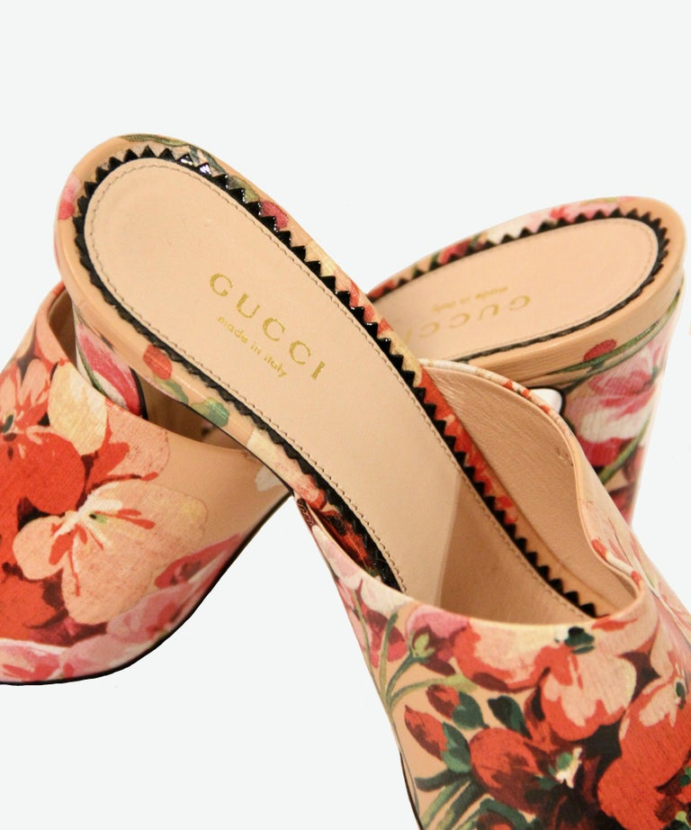 Women's Gucci Shanghai Bloom Print Leather Heeled Mules NEW  For Sale