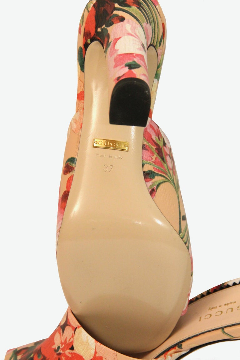 Gucci Shanghai Bloom Print Leather Heeled Mules NEW  For Sale 2