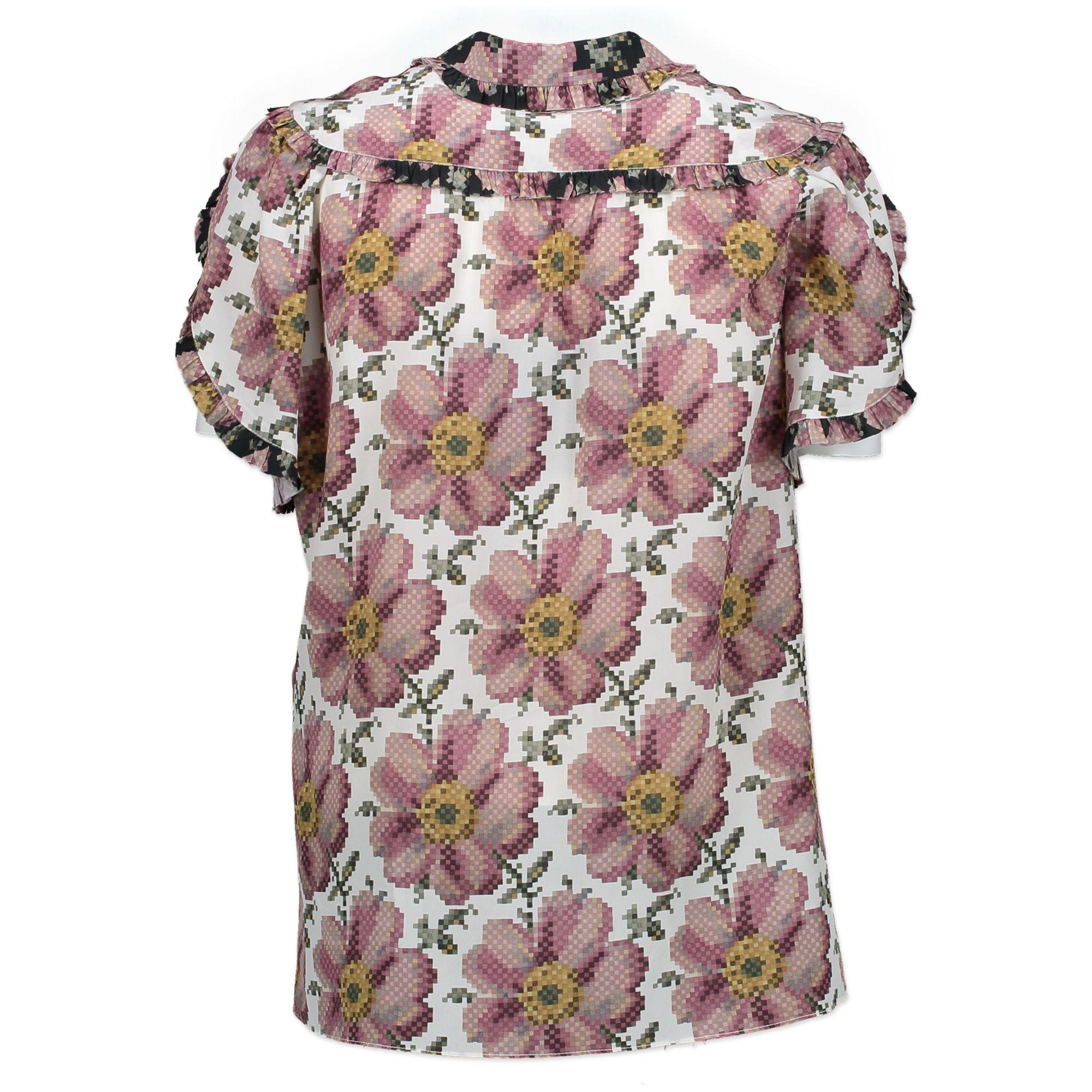 1c0f219a8 Gucci Short Sleeve Printed Blouse - Size IT40 For Sale at 1stdibs