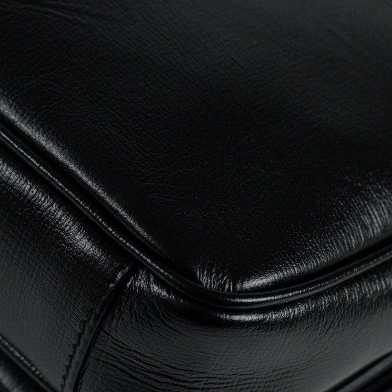 GUCCI Shoulder bag in Black Leather For Sale 10