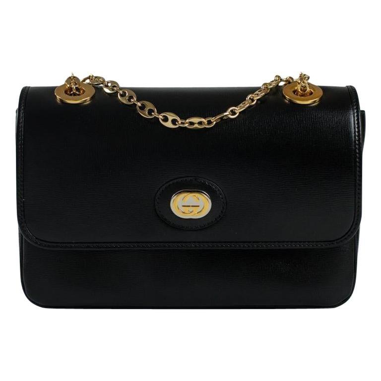 GUCCI Shoulder bag in Black Leather For Sale