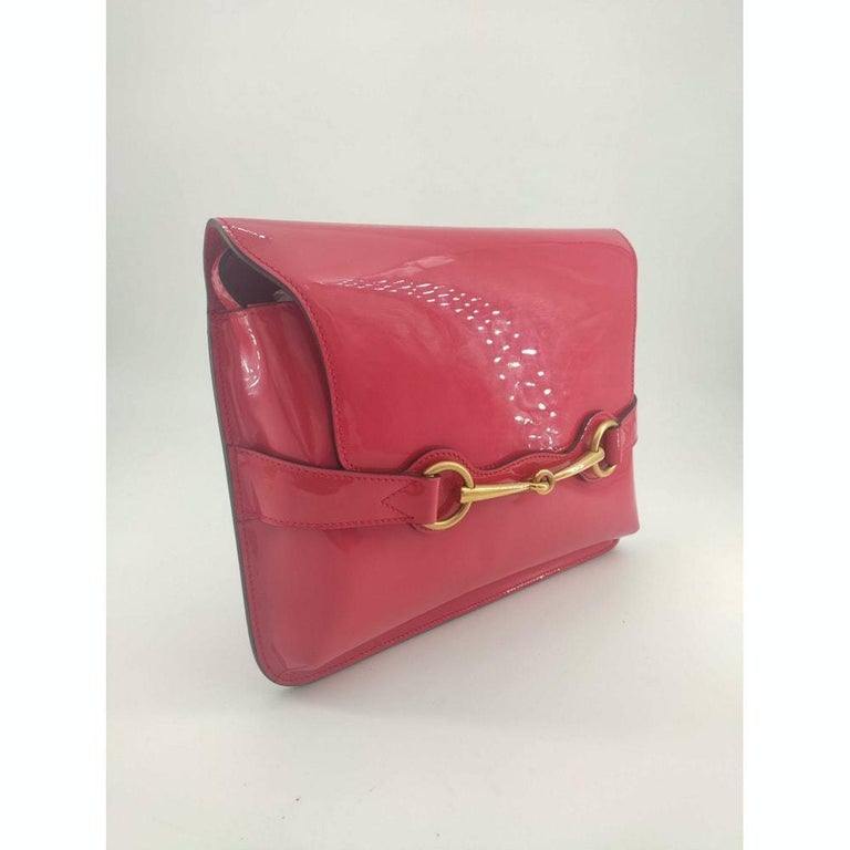 GUCCI Shoulder bag in Pink Patent leather In Good Condition For Sale In Clichy, FR