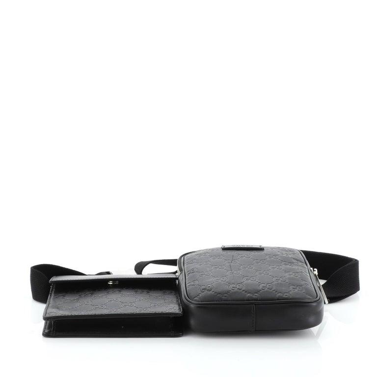 Women's or Men's Gucci Signature Double Waist Bag Guccissima Leather For Sale