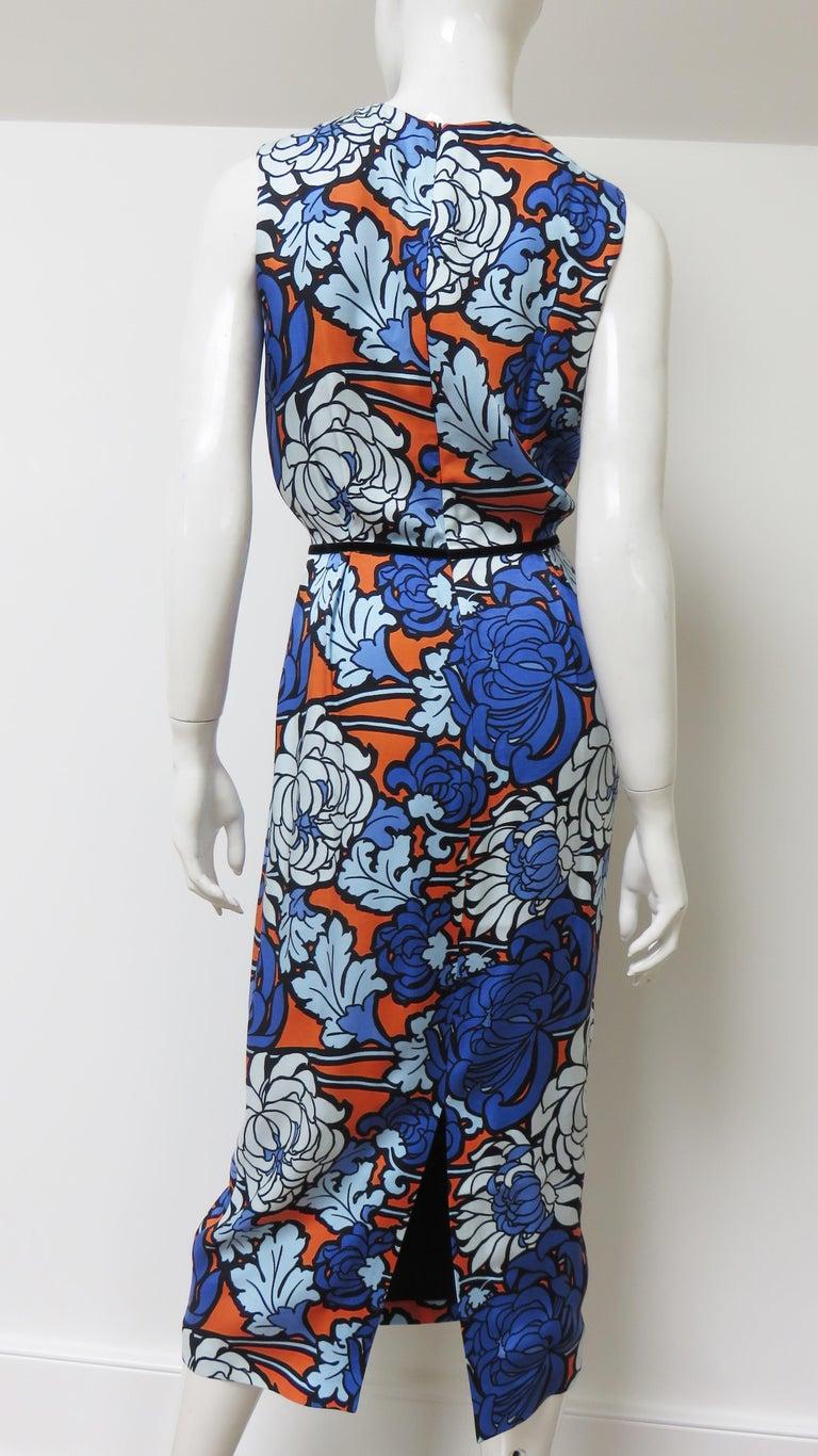 Gucci Silk Flower Print Dress For Sale 9