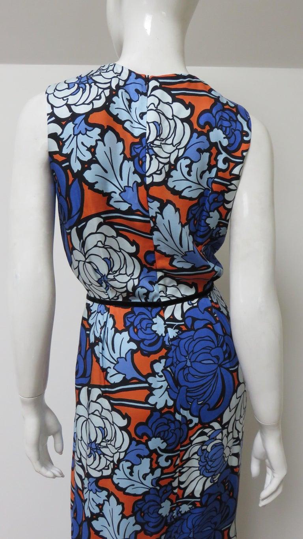 Gucci Silk Flower Print Dress For Sale 10