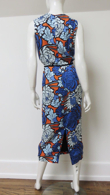 Gucci Silk Flower Print Dress For Sale 13