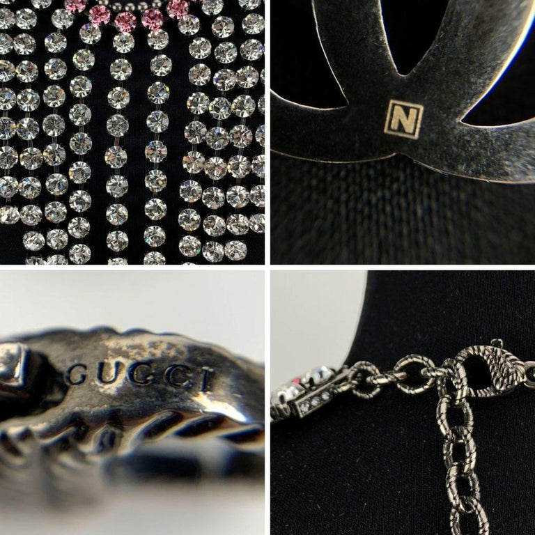 Gucci Silver Metal Pink Crystal Embellished Bib Necklace Never Worn In New Condition For Sale In Rome, Rome