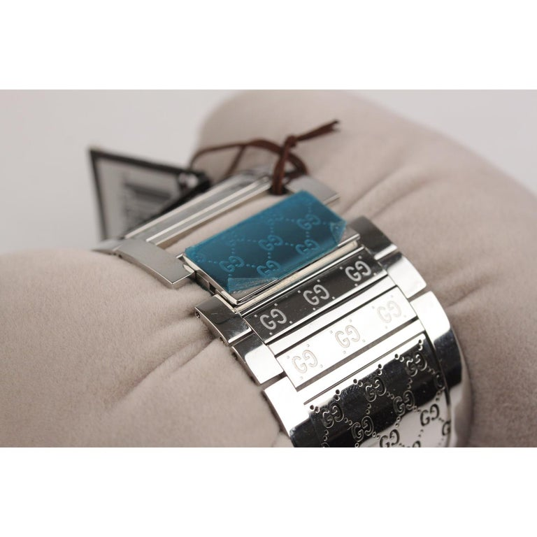 Gucci Silver Stainless Steel Diamonds Twirl Wrist Watch Bracelet Bangle For Sale 2