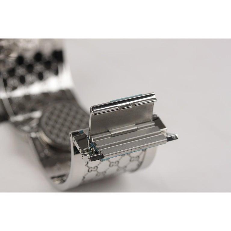 Gucci Silver Stainless Steel Diamonds Twirl Wrist Watch Bracelet Bangle For Sale 4