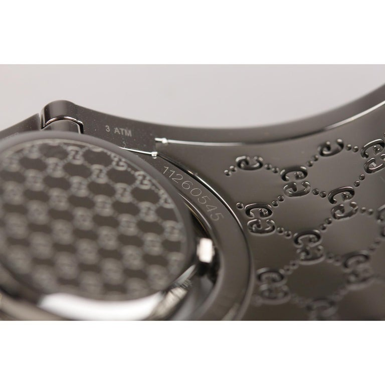 Gucci Silver Stainless Steel Diamonds Twirl Wrist Watch Bracelet Bangle For Sale 5