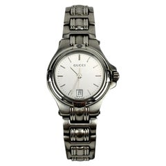 Gucci Silver Stainless Steel Mod 9040 L Wrist Watch Silver Dial