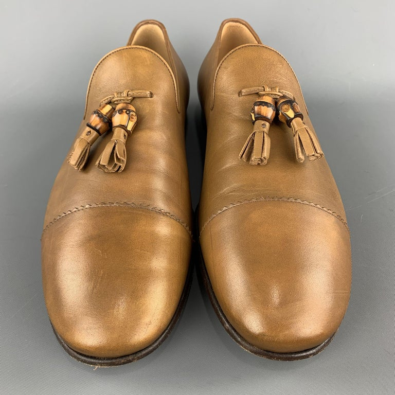 GUCCI Size 11 Tan Solid Leather Tassel Slip On Loafers In Excellent Condition For Sale In San Francisco, CA