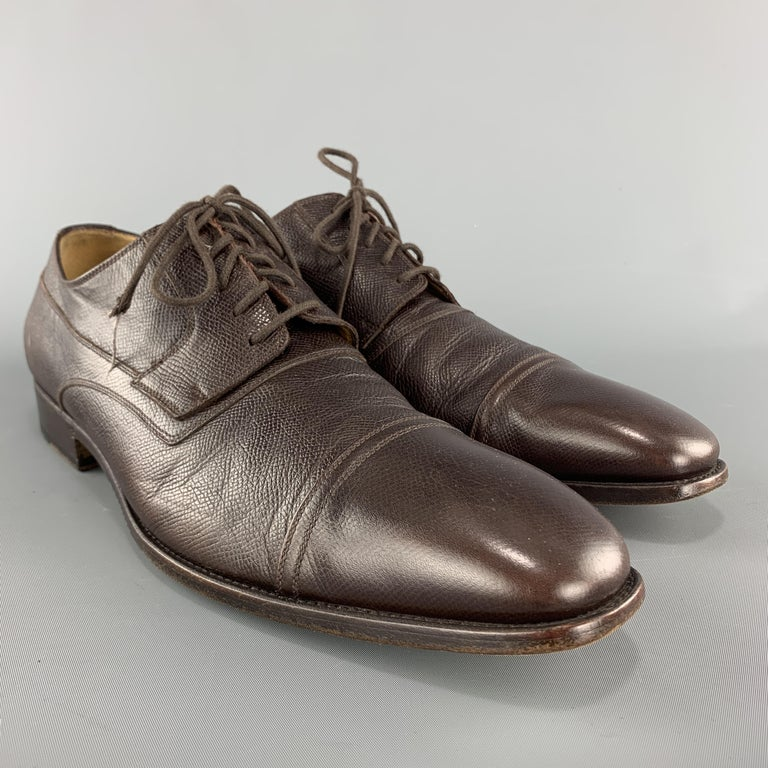 GUCCI Size 12 Brown Textured Leather Cap Lace Up Dress Shoes In Good Condition For Sale In San Francisco, CA