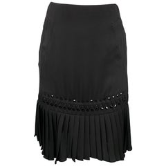 GUCCI Size 2 Black Beaded Silk Pleated Skirt
