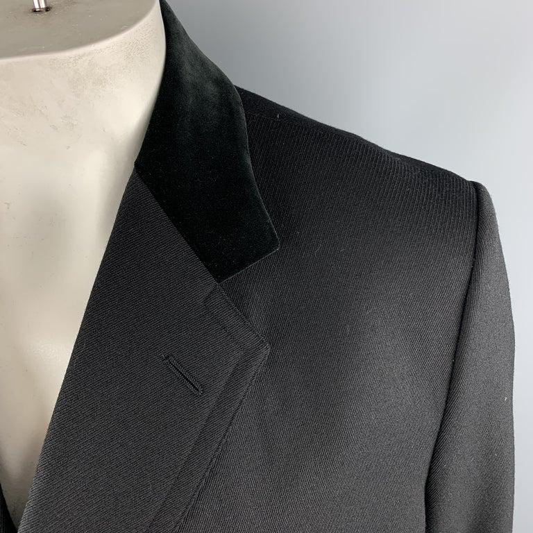 GUCCI Size 46 Black Wool Velvet Collar Hidden Buttons Long Coat For Sale 1