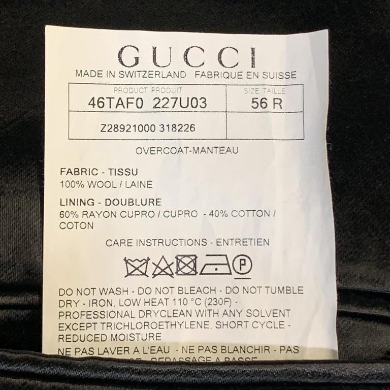 GUCCI Size 46 Black Wool Velvet Collar Hidden Buttons Long Coat For Sale 2