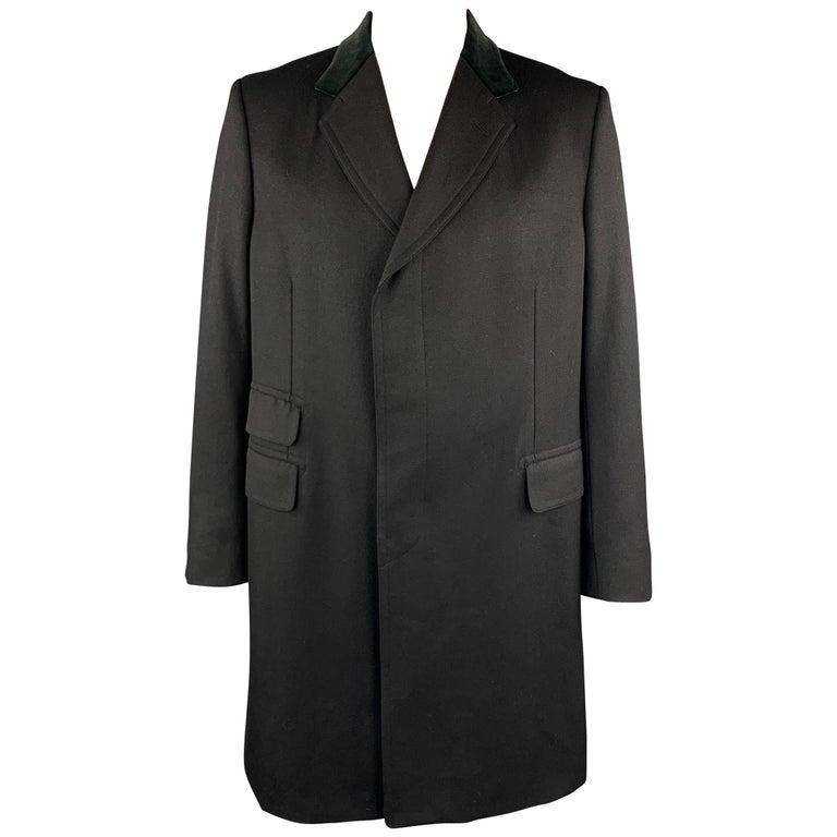 GUCCI Size 46 Black Wool Velvet Collar Hidden Buttons Long Coat For Sale