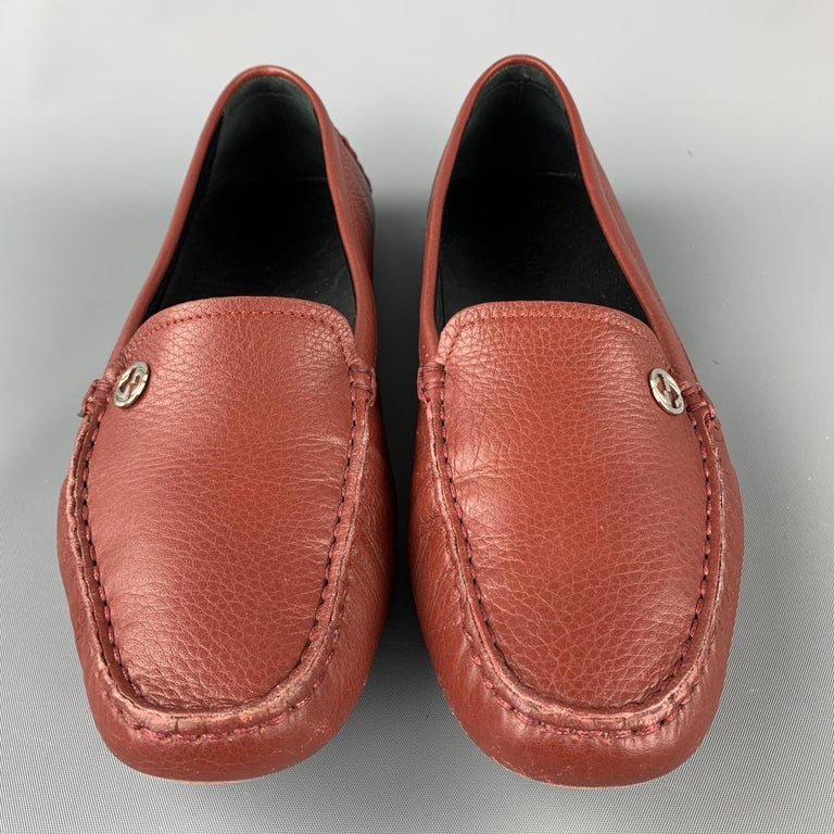 GUCCI Size 8 Brick Leather Pebble Grain Driver Loafers In Excellent Condition For Sale In San Francisco, CA
