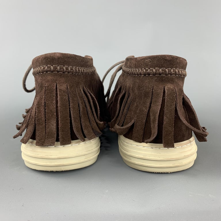 GUCCI Size 8 Brown Solid Boot Sneakers For Sale 1