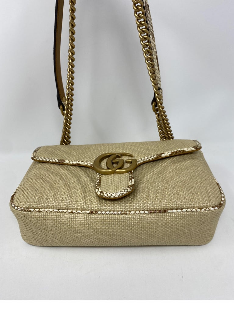 Gucci Small Marmont Straw Floral Interior Bag 7