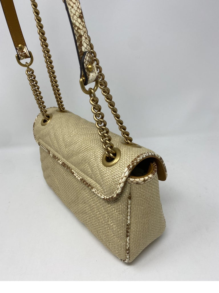 Gucci Small Marmont Straw Floral Interior Bag 2