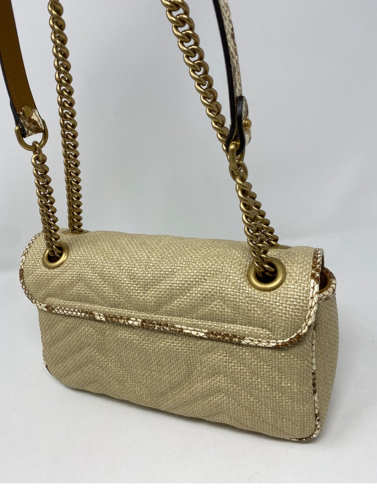 Gucci Small Marmont Straw Floral Interior Bag 3