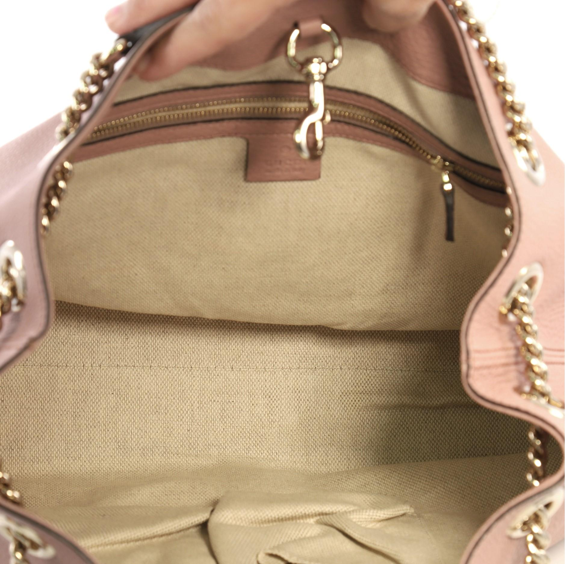 9867db395e5 Gucci Soho Chain Strap Shoulder Bag Leather Medium For Sale at 1stdibs
