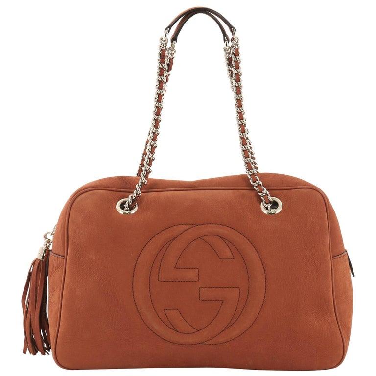 068f05d3250242 Gucci Soho Chain Zipped Shoulder Bag Nubuck Medium For Sale at 1stdibs