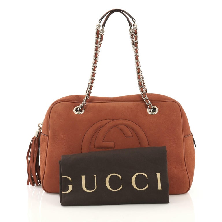 54816d6b4e9c This Gucci Soho Chain Zipped Shoulder Bag Nubuck Medium, crafted from  orange nubuck, features