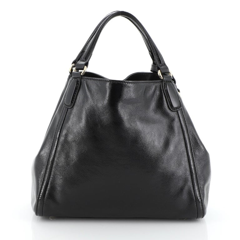 Gucci Soho Convertible Shoulder Bag Patent Small In Good Condition For Sale In New York, NY