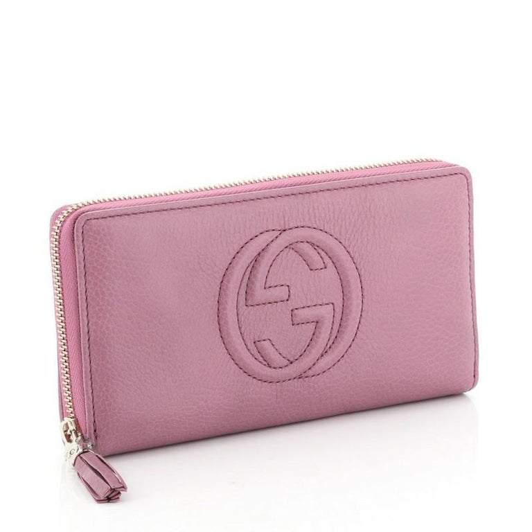 Gucci Soho Zip Around Wallet Leather In Good Condition In New York, NY