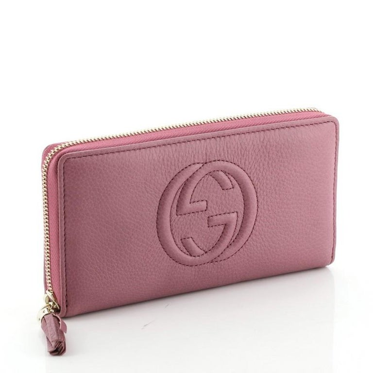 Gucci Soho Zip Around Wallet Leather In Good Condition For Sale In New York, NY