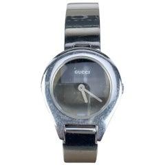 Gucci Stainless Steel 6700 L Ladies Wrist Watch Bracelet Black Dial