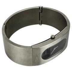 Gucci Stainless Steel Mod 2400 L Bangle Bracelet Wrist Watch