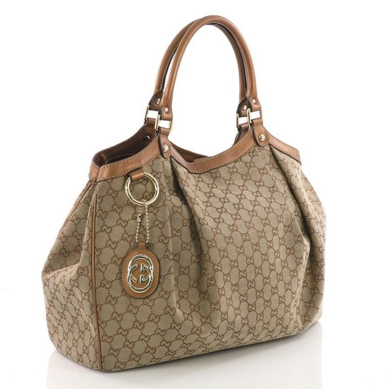 4c161e364f2c9d Gucci Sukey Tote GG Canvas Large In Good Condition For Sale In New York, NY