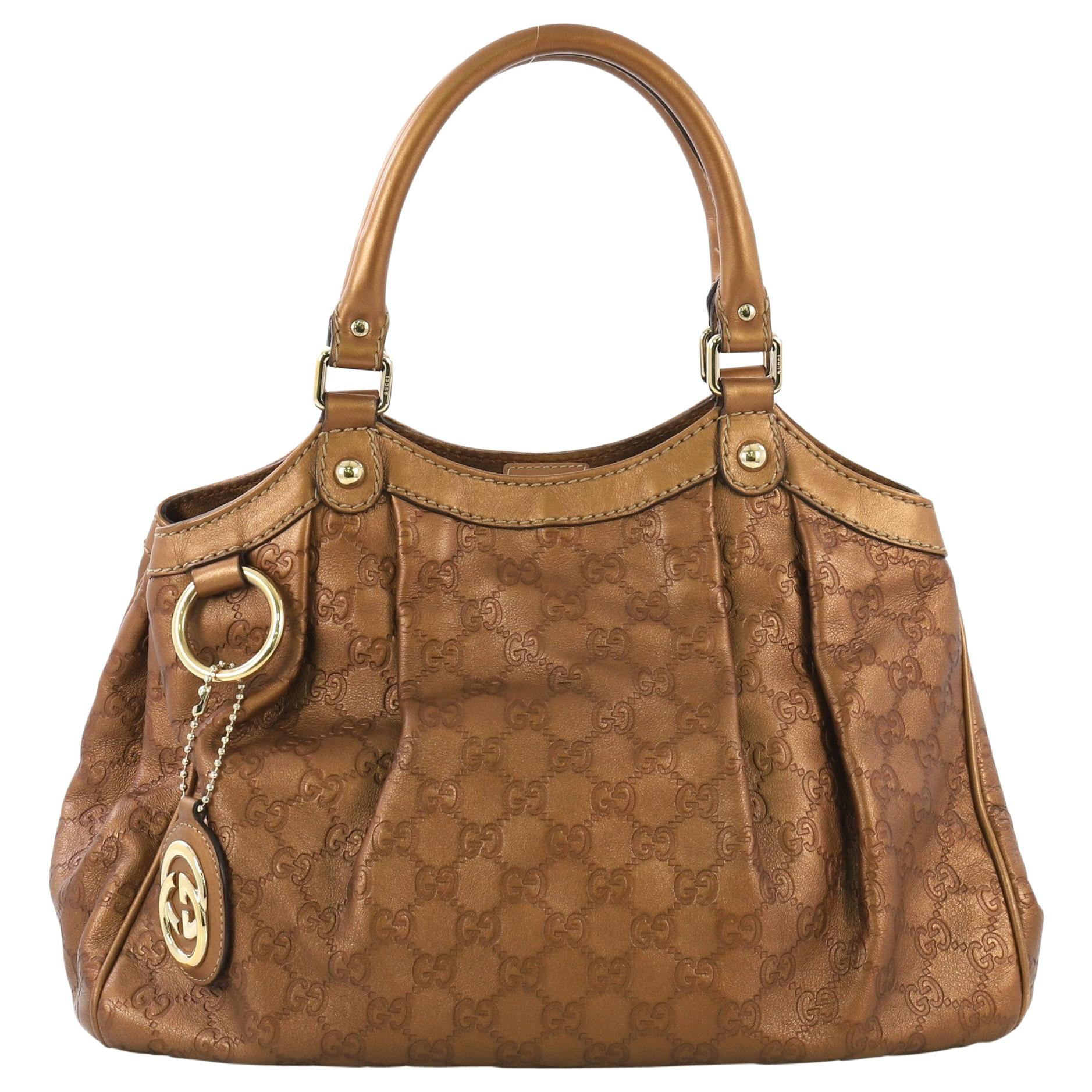 47f1a15afd2e Vintage Gucci Handbags and Purses - 2,046 For Sale at 1stdibs