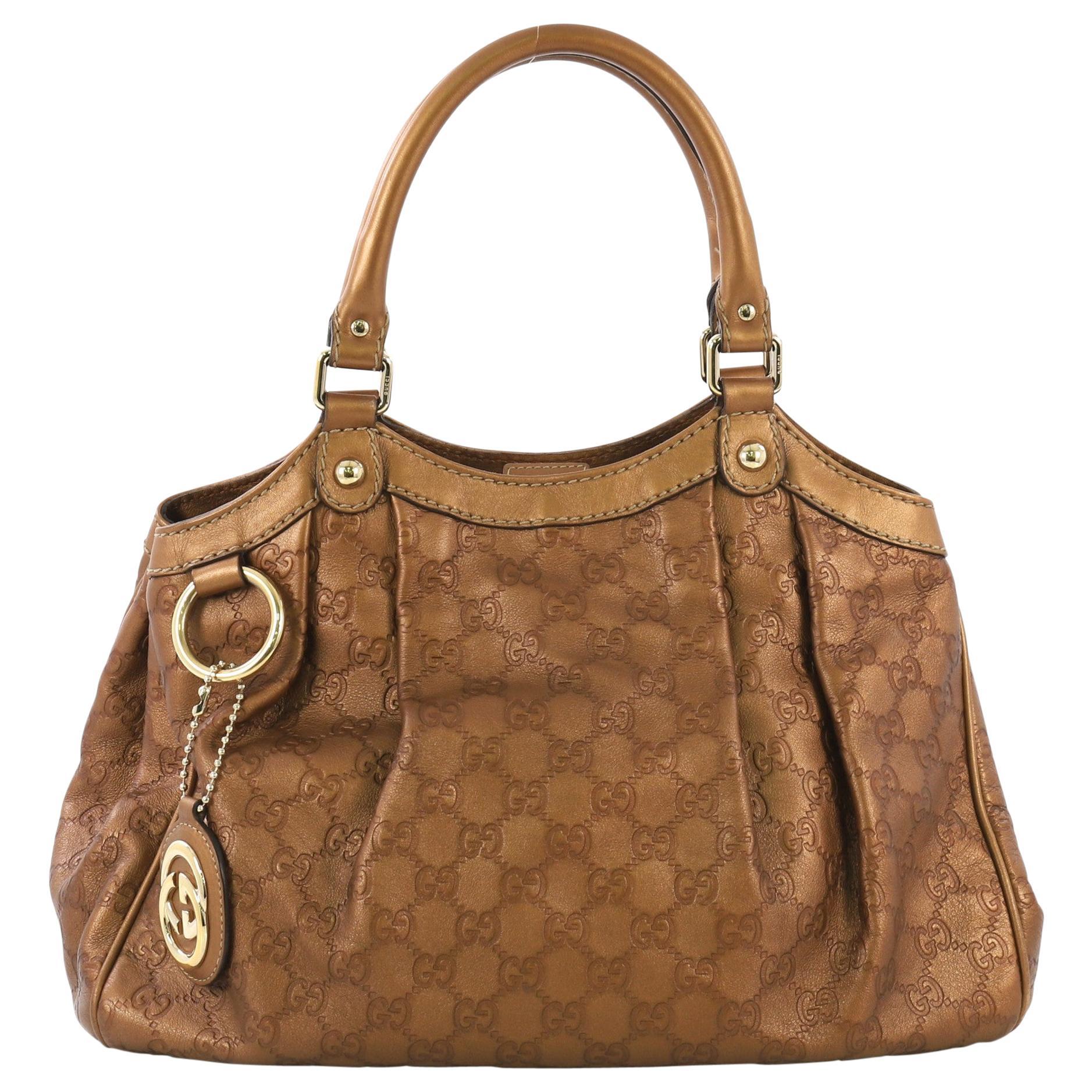 75e34cf3ff0c Vintage Gucci Handbags and Purses - 2,046 For Sale at 1stdibs
