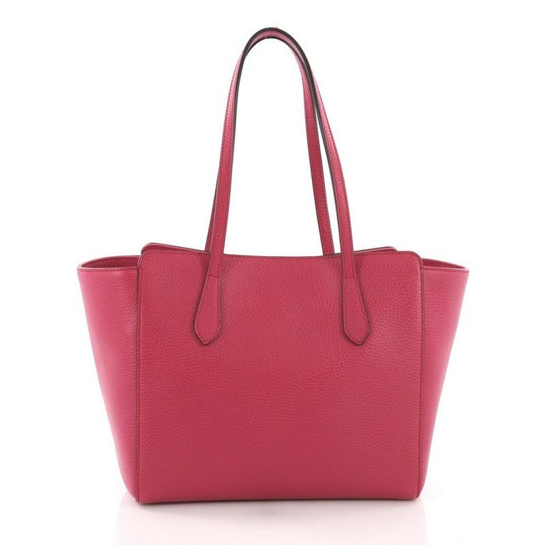 Gucci Swing Tote Leather Small In Good Condition For Sale In New York, NY