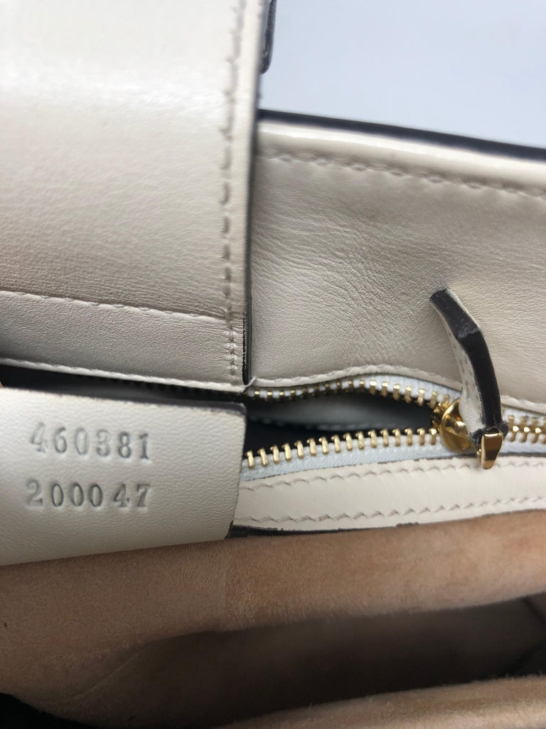Women's or Men's Gucci Sylvie Bag  For Sale