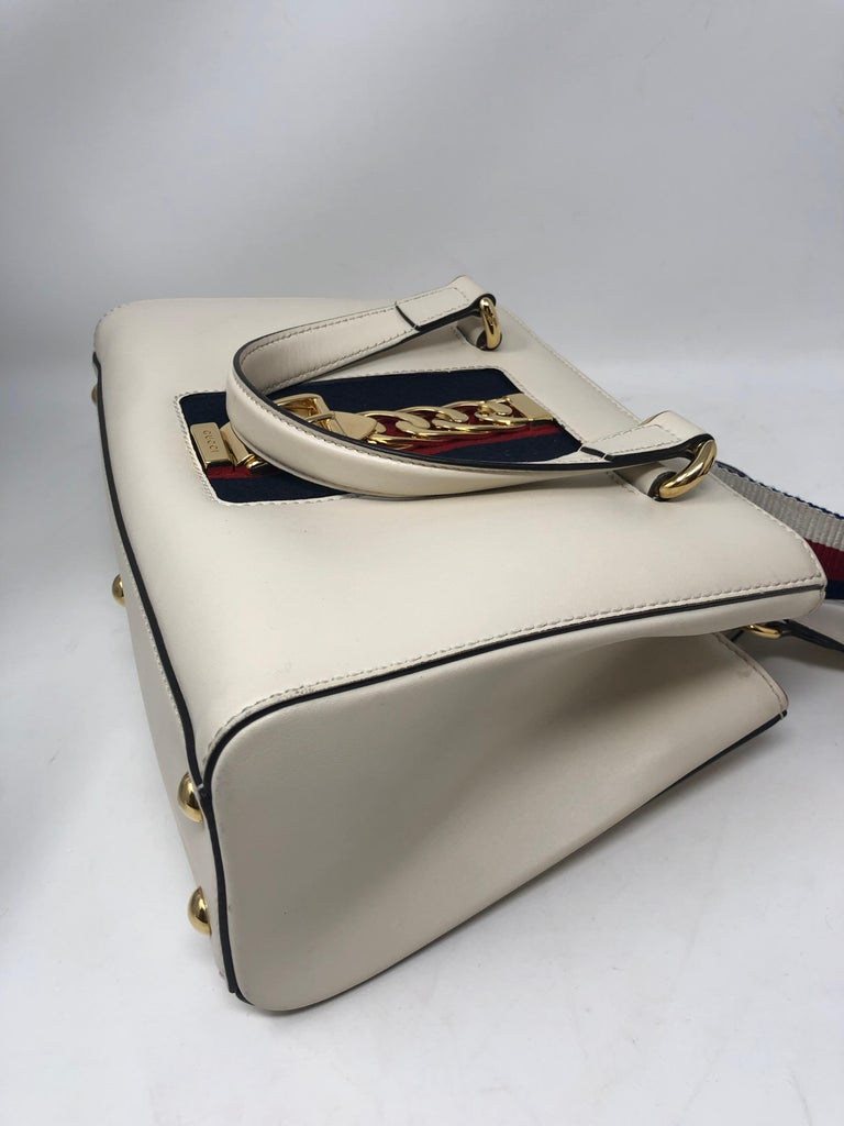 Gucci Sylvie Bag  For Sale 2